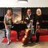Tрио Миккола-Лампениус-Кивилааксо (Лаура Миккола, фортепиано, Линда Лампениус, скрипка и Пертту Кивилааксо, виолончель).